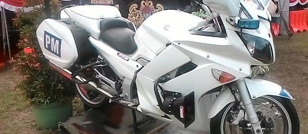 Yamaha FZR1300 Andalan Kawal RI-1